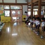 陶芸を教えて頂く高井先生に、挨拶をしました。