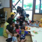 各クラスでも集まって、避難をしました。