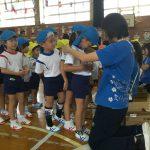 最後に各クラスの担任からメダルを貰いました。