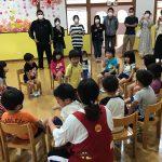 """子どもたちが好きな集団あそび""""フルーツバスケット""""をしました。"""