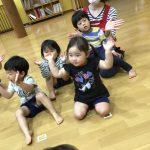 みんなからは、お誕生日の歌のプレゼントをしました。