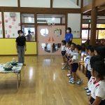 高井晴美先生に来ていただき、陶芸体験をしました。